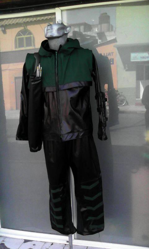 http://boutiqueandromeda.net/fotosdisfraces/superheroes/14greenarrow.jpg