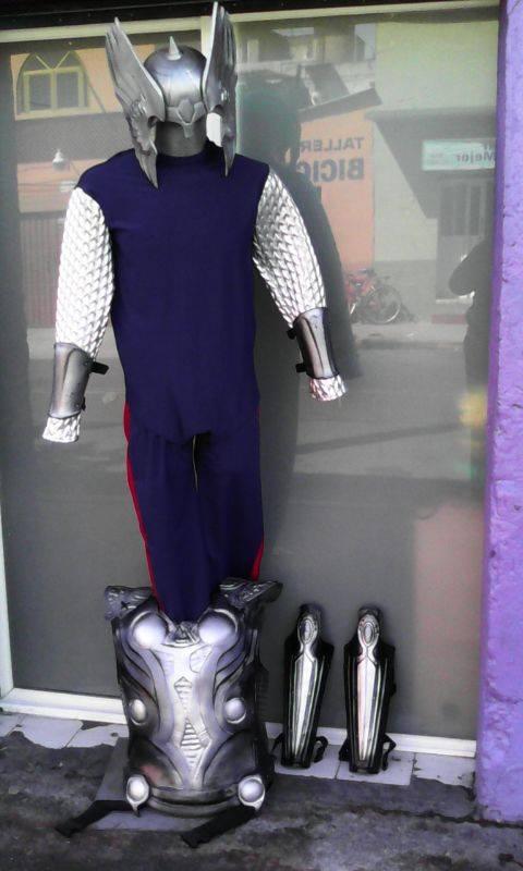 http://boutiqueandromeda.net/fotosdisfraces/superheroes/14thor.jpg
